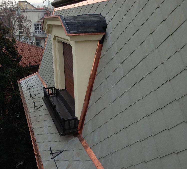 Rimozione eternit e rifacimento copertura con isolamento – Torino